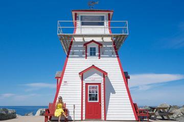 List 10 địa điểm du lịch ấn tượng nhất ở bang Nova Scotia Canada