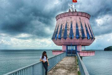 Vẻ đẹp nên thơ vạn người mê của hồ Dầu Tiếng Tây Ninh