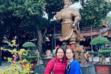 Du xuân đầu năm tại đền Hạ Tuyên Quang