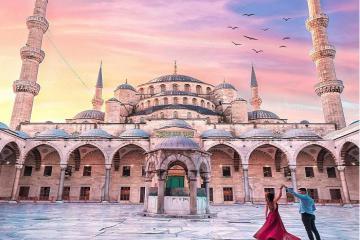 Nhà thờ Hồi Giáo Sultan Ahmed – thánh đường Xanh ấn tượng khó quên