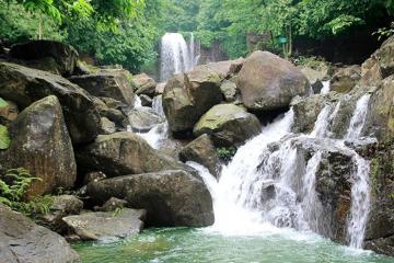 Chiêm ngưỡng vẻ đẹp huyền bí hoang sơ của Suối Tiên Quảng Nam