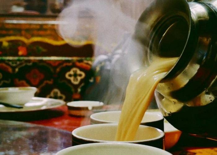 Thưởng thức trà bơ Tây Tạng giữa đất trời thảo nguyên