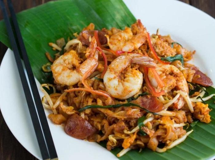 Món mì xào Char Kuay Teow - Đặc sản Malaysia
