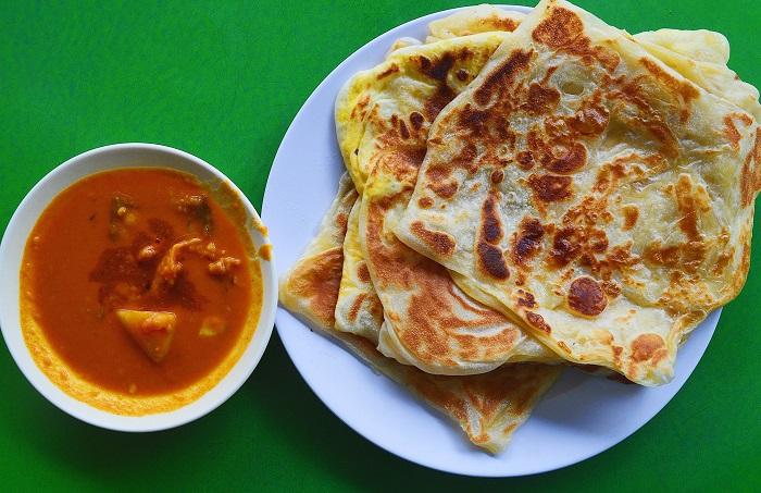 Món Roti Canai - Đặc sản Malaysia ngon, hấp dẫn