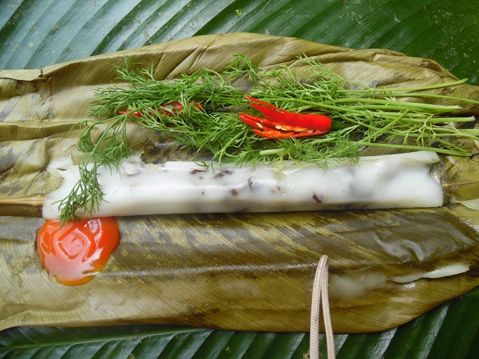 Bánh tẻ ở làng cổ Đường Lâm