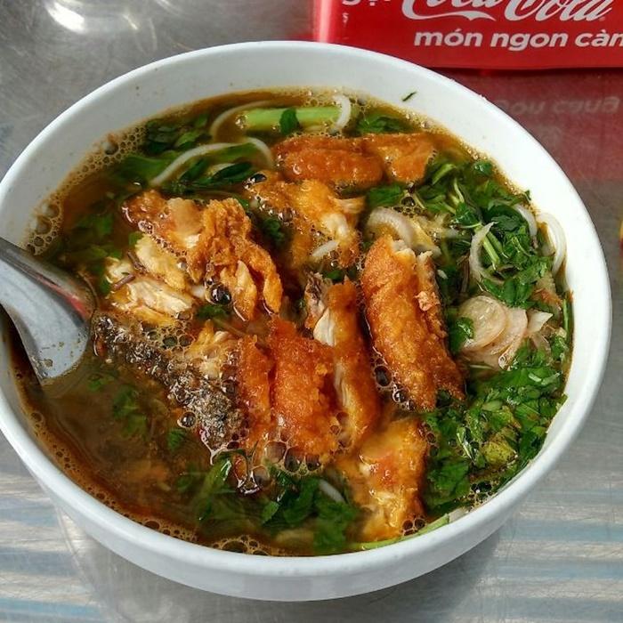 quán canh cá ngon ở Thái Bình được nhiều người yêu thích