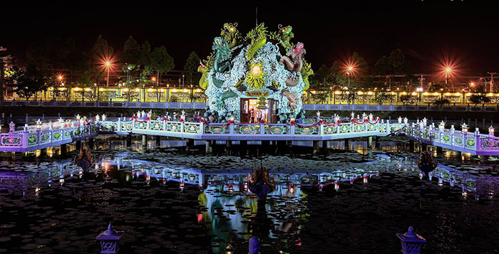 Viếng chùa Huỳnh Đạo An Giang - Cảnh Hồ Cửu Long