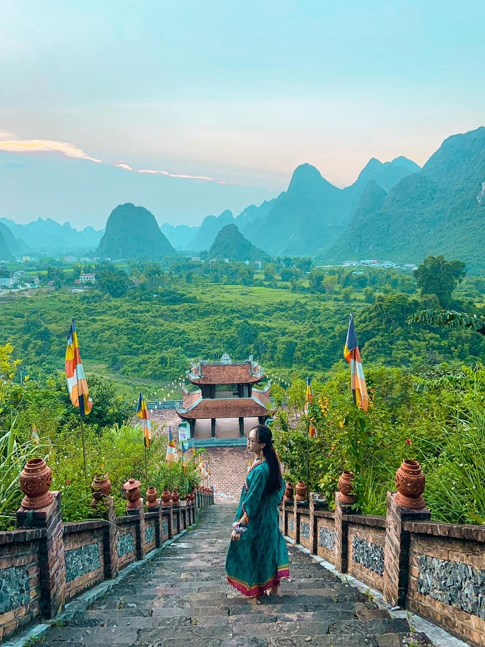 Truc Lam Ban Gioc Buddhist Temple - a spiritual tourist destination in Cao Bang is as beautiful as poetry