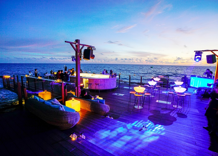 place to have dinner in Phu Quoc - Rock Sunset Island Bar