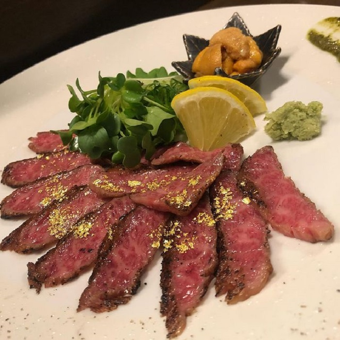 Kobe travel experience - try Teppanyaki steak