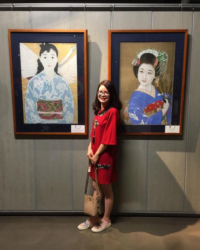 Kobe travel experience - visit Sake brewery Hakutsuru