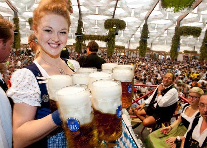 Tìm hiểu thời gian và địa điểm tổ chức lễ hội bia Oktoberfest ở Đức lớn, náo nhiệt nhất