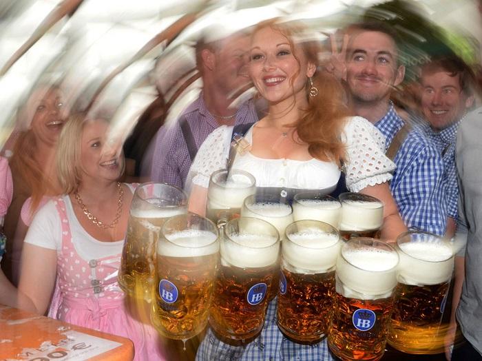 Những điều cần biết khi tham dự lễ hội bia Oktoberfest ở Đức