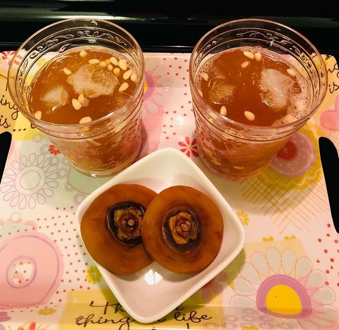 món tráng miệng Hàn Quốc - trà Sujeonggwa