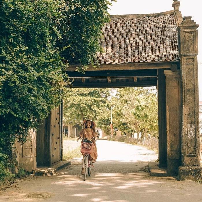Giới thiệu làng cổ Đường Lâm