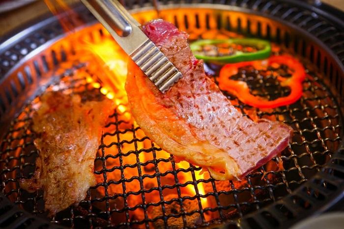 Gri & gri là một trong những quán nướng ngon ở Hà Nội