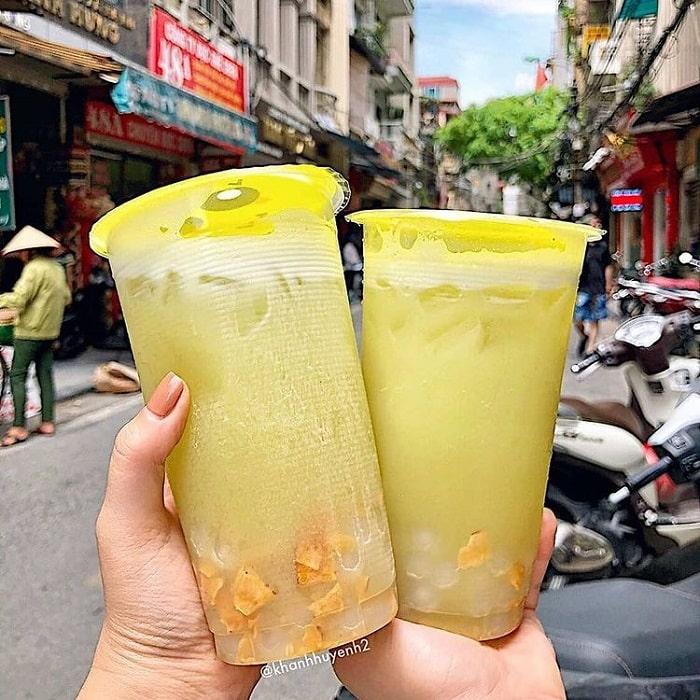 Nước mía là một trong những loại đồ uống giải nhiệt mùa hè ở Hà Nội