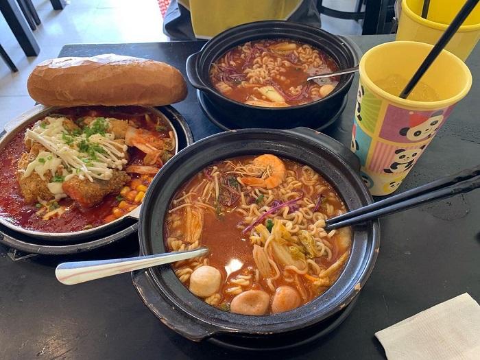 Korean restaurant in Da Lat - Seoul spicy noodles