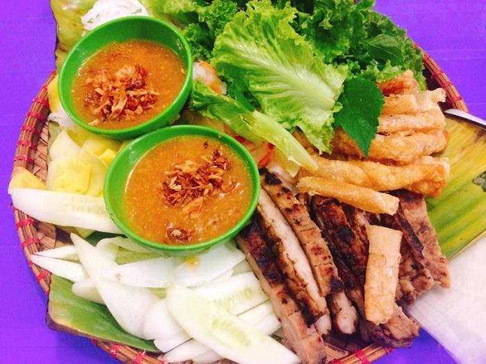 quán ăn vặt ở Lạng Sơn - nem nướng Phương Thủy