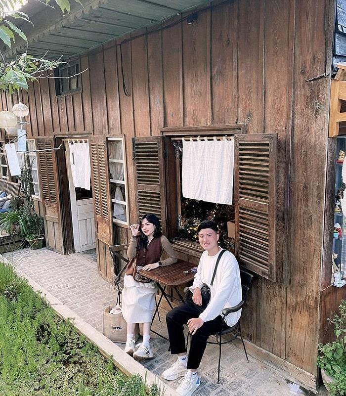quán cafe cho cặp đôi ở Đà Lạt - hẹn hò cùng Still Cafe