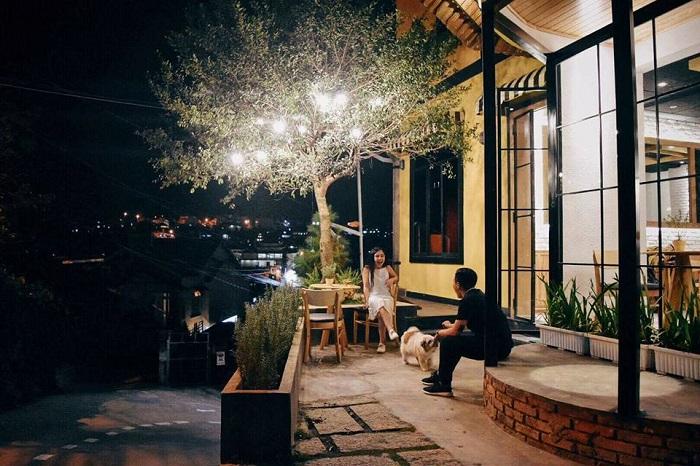 quán cafe cho cặp đôi ở Đà Lạt - Rose Marry