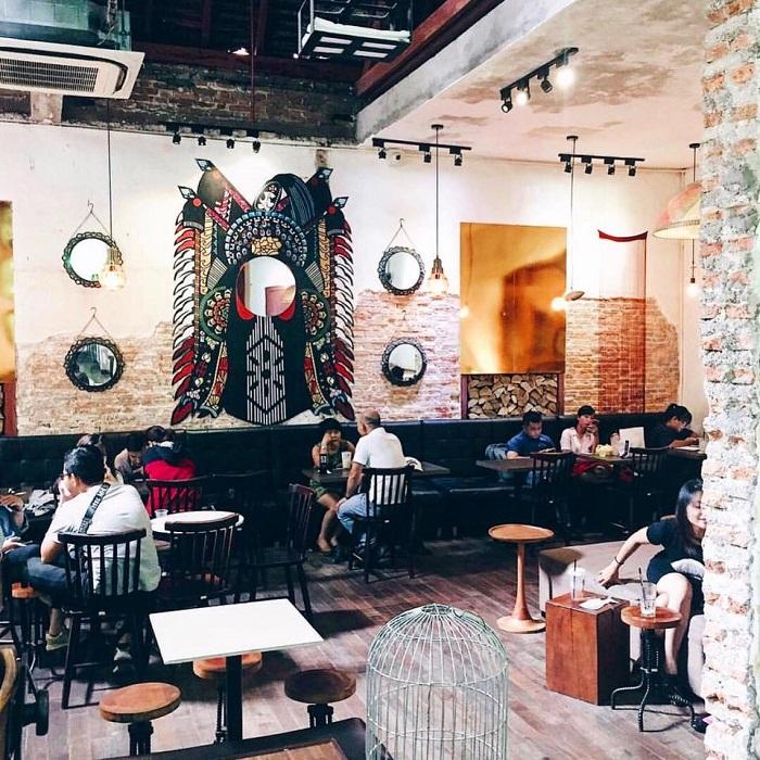 Những quán cafe đêm ở Sài Gòn - quán Đen Đá