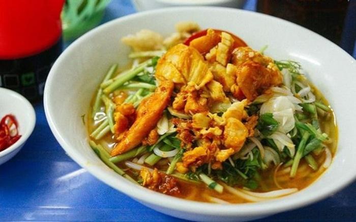 Quán Bảy là quán canh cá ngon ở Thái Bình
