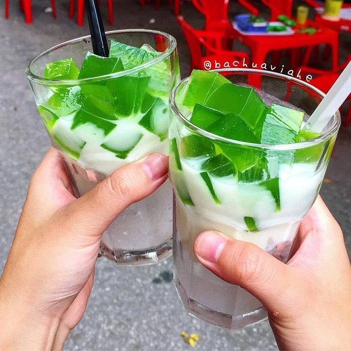 Sữa chua lá nếp - đồ uống giải nhiệt mùa hè ở Hà Nội
