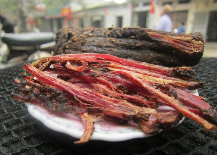 Thịt trâu gác bếp - Đặc sản ở Lào Cai