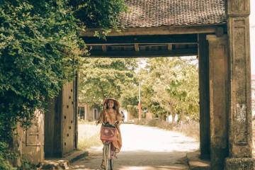 Đến làng cổ Đường Lâm lạc vào cổ trấn bình yên ngay sát Hà Nội