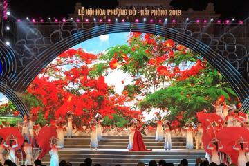 Rộn ràng lễ hội Hoa Phượng Đỏ đặc sắc ở Hải Phòng