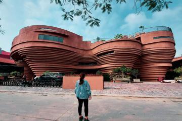 Sống ảo 'mỏi tay' tại bảo tàng gốm Bát Tràng mới toanh ở Hà Nội