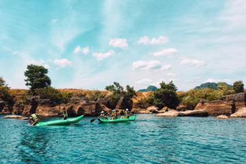 Thung lũng Ngọc Bích - viên ngọc mới toanh trong bản đồ du lịch Quảng Bình