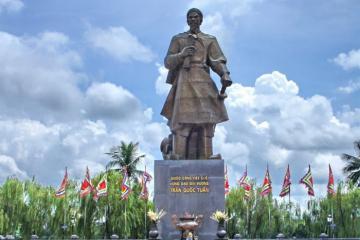 Tượng đài Trần Hưng Đạo - công trình văn hóa tâm linh của người Thành Nam