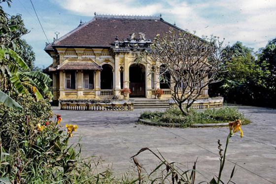 Độc đáo kiến trúc Pháp - Việt cổ kính ở nhà Bạch Công Tử