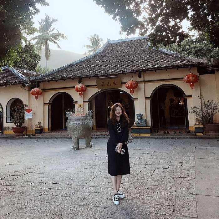 tour Côn Đảo từ Sài Gòn lễ 30/04 - viếng An Sơn Miếu