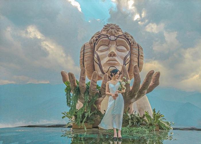 tượng cô gái Moana - điểm check in độc lạ tại Điểm sống ảo mới ở Sapa Moana Sapa