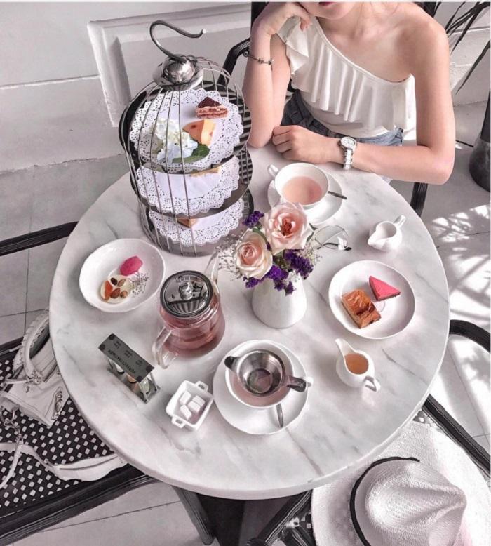 tiệm trà chiều cho nàng hẹn hò ngày 8/3  villa-des-fleurs