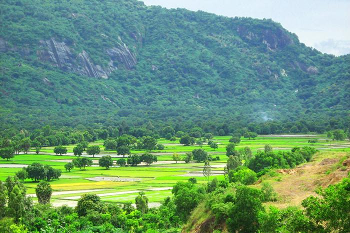 Khám phá vùng Bảy Núi An Giang - có núi, có sông, có hồ