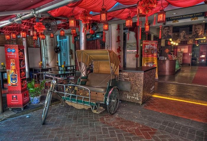 Khám phá khu Chinatown vui vẻ trong ngày