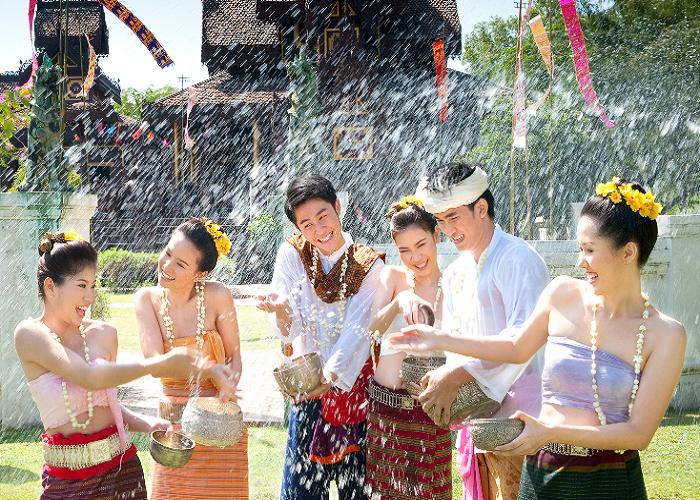 le-hoi-te-nuoc-songkran-thai-lan