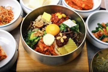 Ăn gì ở Hàn Quốc? List 5 món ăn ngon nổi tiếng nhất tại Hàn Quốc