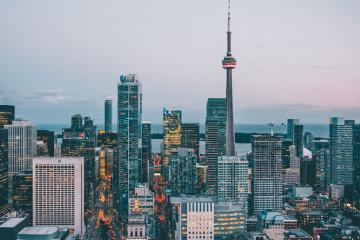 Làm gì khi bạn có 24 giờ ở thành phố Toronto?