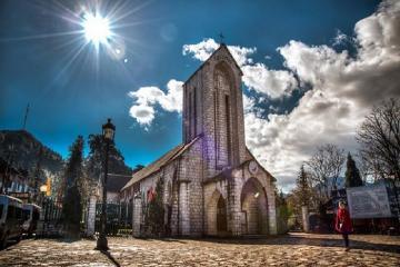 Nhà thờ đá Sapa - điểm đến không thế bỏ qua cho tín đồ du lịch