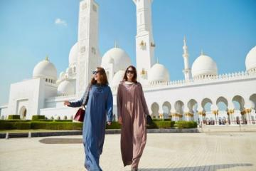 Du lịch Dubai, đừng quên ghé thăm Thánh đường Hồi giáo Sheikh Zayed