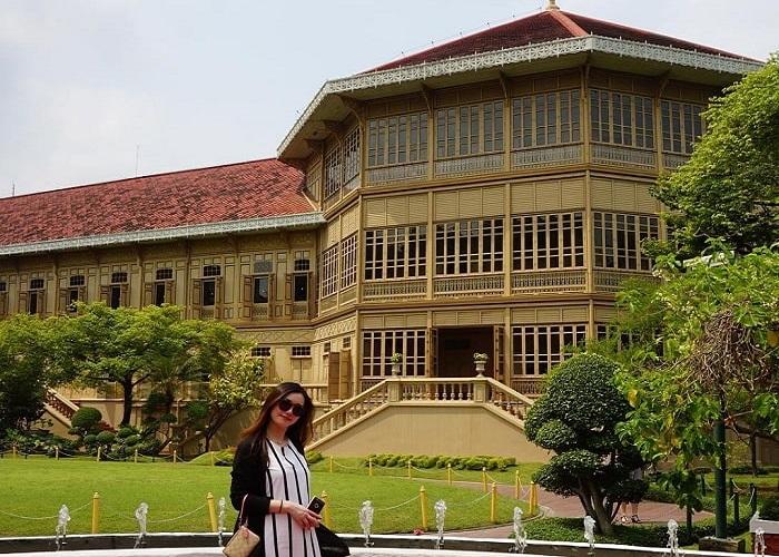 Choáng ngợp trước sự hoa lệ của cung điện Vimanmek Bangkok