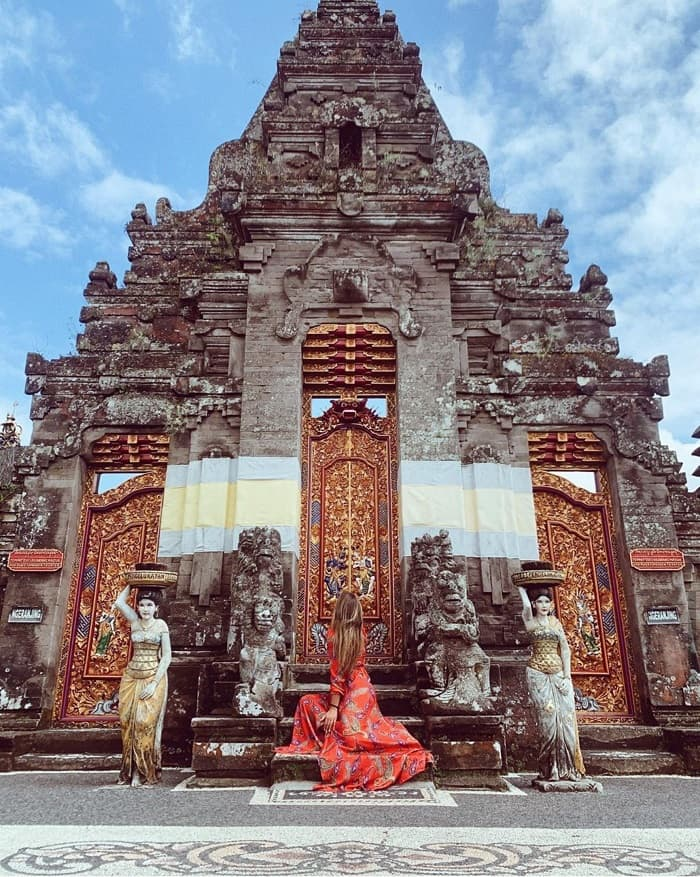 Ulun Danu Temple - a beautiful spiritual destination in Bali Indonesia