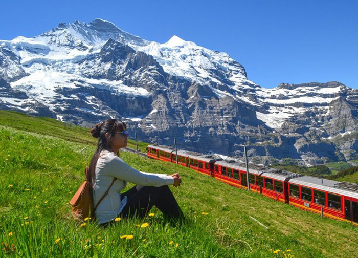 Mount Jungfrau, earthly fairy in the land of white snow