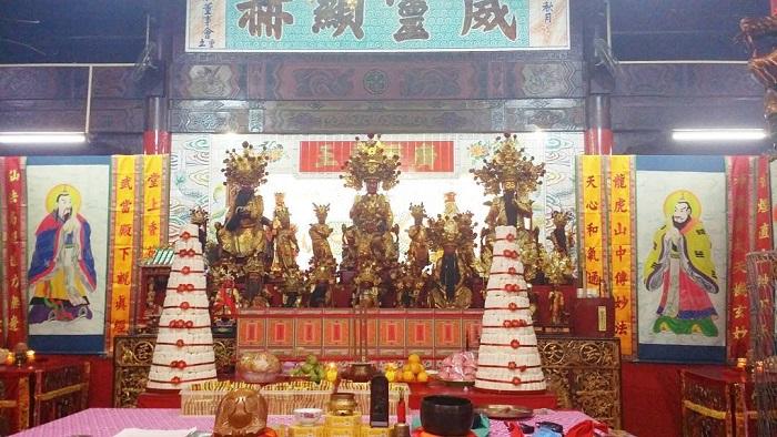 du-lich-brunei-tu-tuc-chinese-temple