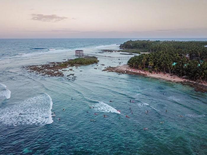 Lịch trình khám phá đảo Siagrao